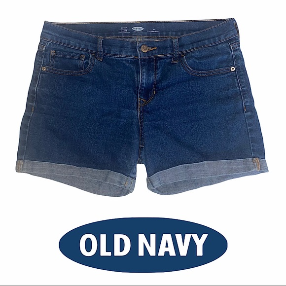 Old Navy | Sz 6 Reg. Fitted Stretch Jean Shorts